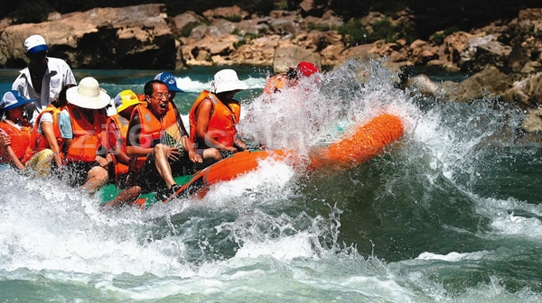 1 Day tour for Zhangjiajie avatar park or Tianmenshan or Mengdong river rafting