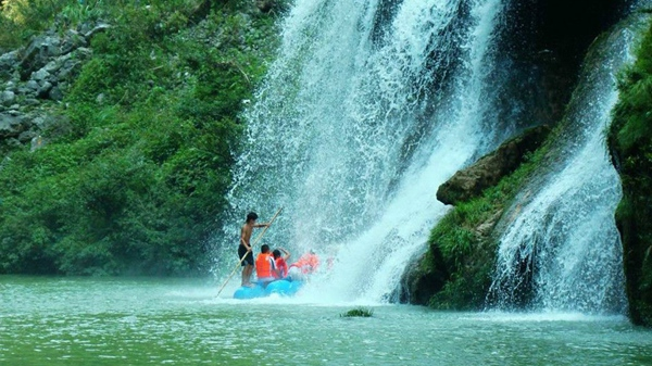 1 Day Join-in tour to Furong town and Mengdong river rafting