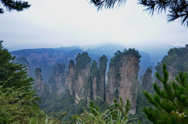 How do i get to Zhangjiajie from Yichang?