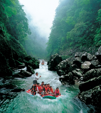How about Zhangjiajie Join-in tour to Furong town(Mengdonghe)
