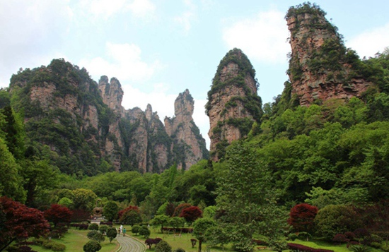 Zhangjiajie National Forest Park restore peak season's price, from March 1st